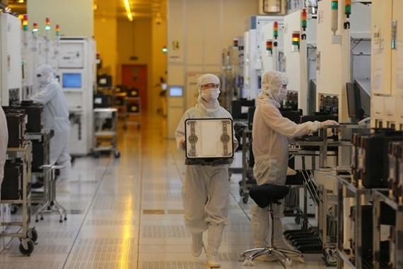 Trung Quốc cần hơn 10 năm để xây dựng ngành công nghiệp chip