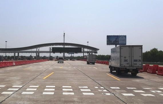 Chủ đầu tư cao tốc Hà Nội-Hải Phòng đang phải còng lưng trả nợ vì những cam kết của Nhà nước vẫn chưa thực hiện. (Ảnh: Việt Hùng/Vietnam+)