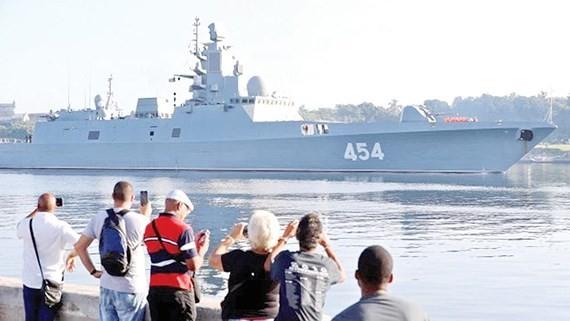 Tàu Đô đốc Gorshkov cập cảng La Habana, Cuba ngày 24-6.