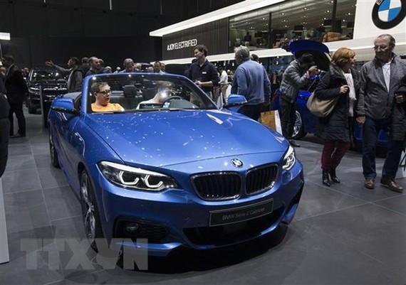 Mẫu ôtô của hãng BMW được trưng bày tại triển lãm ôtô quốc tế Geneva, Thụy Sĩ, ngày 7/3/2019. (Nguồn: THX/TTXVN)
