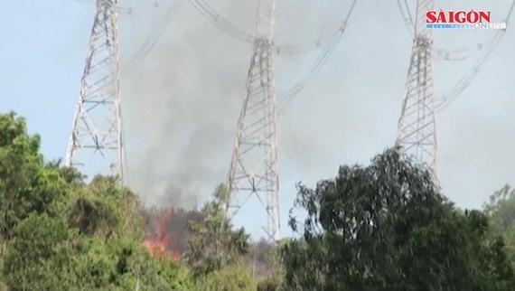 Đường dây 500kV Bắc Nam đã được đóng lại, không bị ảnh hưởng cháy rừng