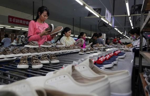 Hiệp định Thương mại Tự do EVFTA sẽ là cơ hội lớn cho cho ngành da giày của Việt Nam xuất khẩu sang thị trường EU. (Nguồn: TTXVN)