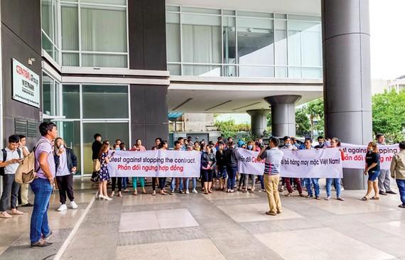 Nhiều nhà cung cấp phản đối ngay sau khi Big C ngưng nhập hàng may mặc thương hiệu Việt.