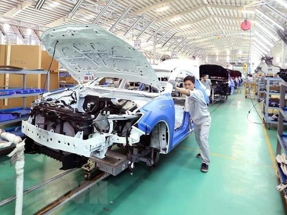 Tâm lý chờ đợi khiến doanh số bán hàng thị trường ôtô chỉ tăng 0,1%