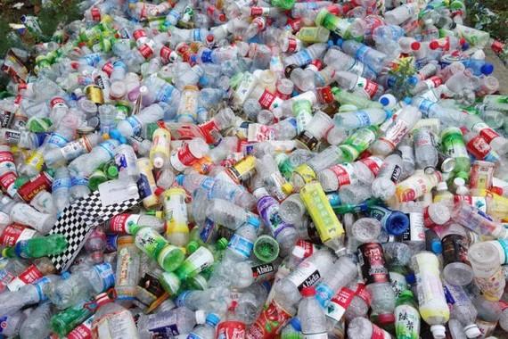 Hạn chế sử dụng và tiến tới nói không với sản phẩm nhựa sử dụng một lần - Ảnh minh họa