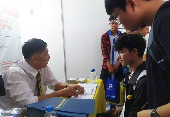 Tư vấn tuyển sinh vào Trường đại học Trà Vinh, một môi trường học tập lý tưởng…