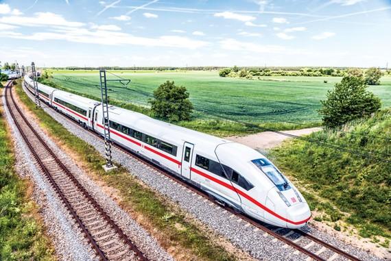 Đoàn tàu ICE1 của Đức với tốc độ khoảng 300km/giờ nay đã giảm tốc độ chạy tàu vì không hiệu quả kinh tế.