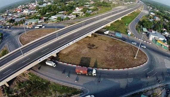 Bảo đảm tiến độ, chất lượng tuyến cao tốc Trung Lương-Mỹ Thuận