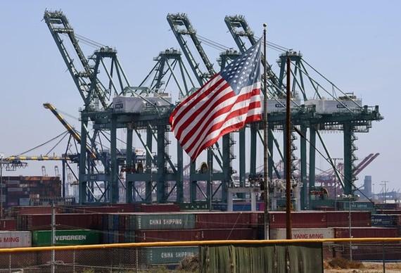 Hàng hóa Trung Quốc tại Los Angeles, Mỹ (Ảnh: AFP/TTXVN)