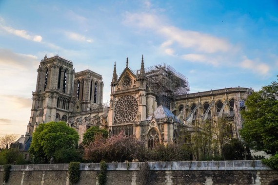 Kiến trúc sư Trung Quốc chiến thắng cuộc thi thiết kế lại Nhà thờ Đức Bà Paris