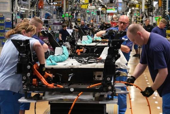 Thêm tín hiệu ảm đạm từ kinh tế Eurozone trong tháng 8