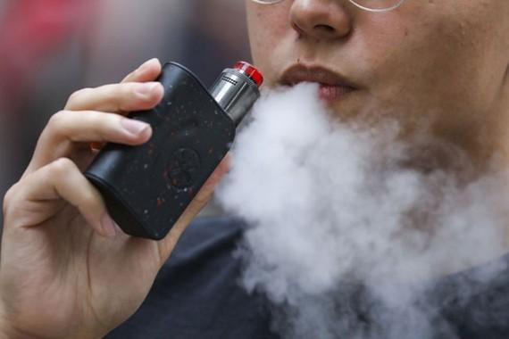 Ấn Độ cấm thuốc lá điện tử
