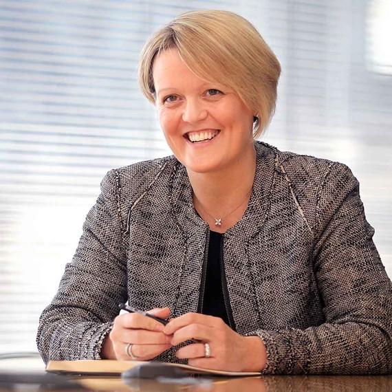 Ngân hàng Hoàng gia Scotland có nữ giám đốc điều hành đầu tiên