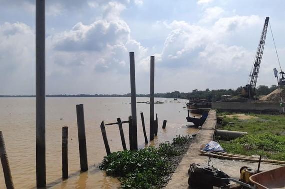 Khu vực tranh chấp Bến thuỷ nội địa của Công ty Phan Ngân.