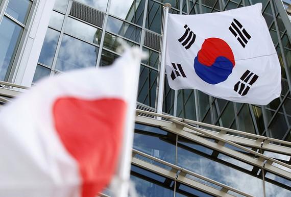 Nhật Bản và Hàn Quốc giải quyết tranh chấp thương mại