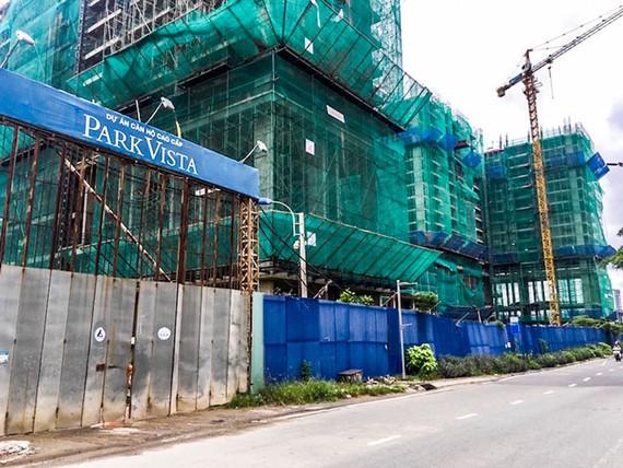Dự án Park Vista phải bàn giao nhà chậm nhất vào quý I-2019 nhưng hiện nay mới xây tới tầng 12.
