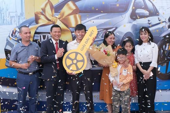 PVcomBank trao tặng ô tô Honda City cho khách hàng trúng thưởng