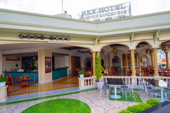 Rex Hotel Saigon mừng ngày Phụ nữ Việt Nam