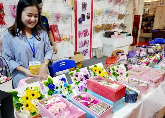 Hội chợ Quà tặng thủ công mỹ nghệ: Cơ hội thúc đẩy xuất khẩu