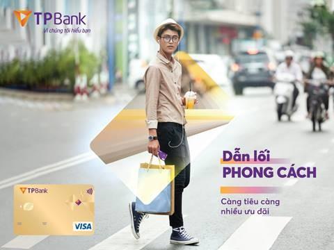 TPBank Visa Gold mang lại nhiều ưu đãi chi tiêu hấp dẫn cho chủ thẻ