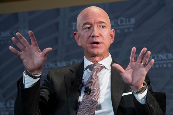 Jeff Bezos kiếm được 13,2 tỷ USD chỉ trong… 15 phút