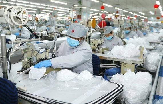 Trung Quốc tăng cường sản xuất thiết bị y tế để ứng phó với Covid-19