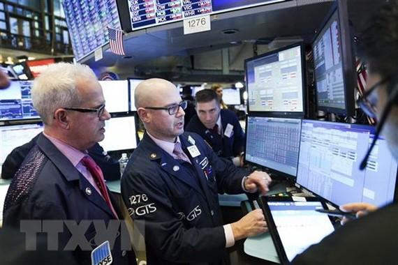 Chỉ số Nasdaq và S&P 500 đồng loạt lên các mức cao kỷ lục mới