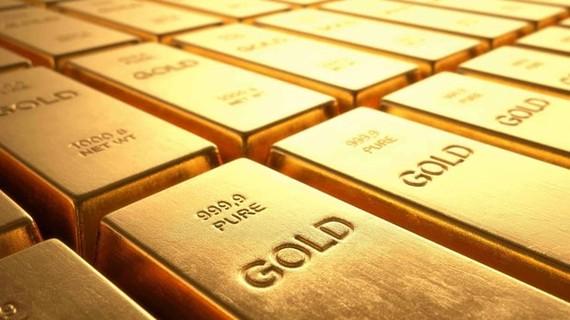 Nhu cầu tăng, giá vàng cao nhất trong vòng 7 năm