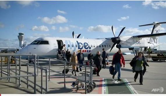 Hãng hàng không lớn nhất Anh quốc Flybe dừng hoạt động