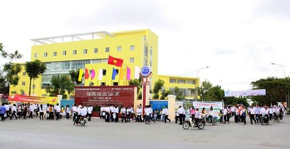 Sinh viên trường Đại học Trà Vinh được nghỉ học đến ngày 22-3