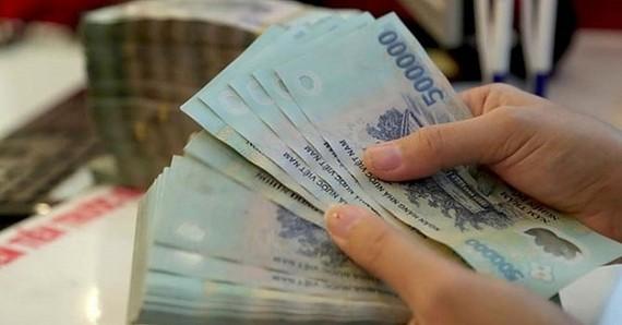 Tăng trưởng tín dụng 2 tháng tăng gần 1%