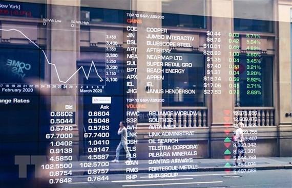 Màn hình điện tử thông báo chỉ số chứng khoán tại sàn giao dịch ở Sydney, Australia. (Ản minh họa. THX/TTXVN)