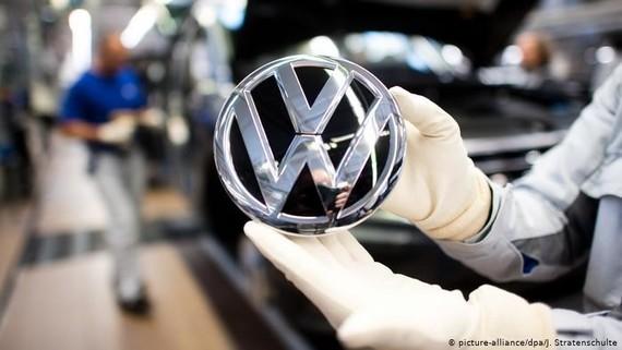 Volkswagen đình chỉ sản xuất ở châu Âu