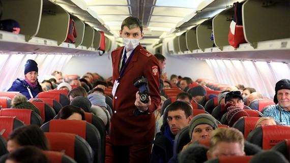 Dịch COVID-19: Nga hạn chế chuyến bay tới Hà Nội