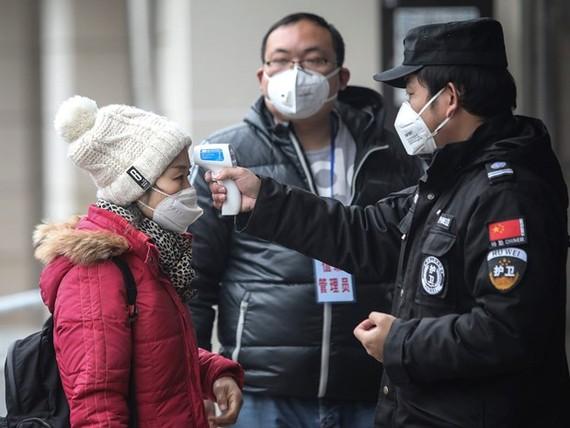 Trung Quốc cấm nhập cảnh tạm thời đối với người nước ngoài. (Ảnh: Getty)