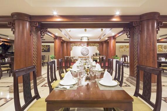 Khách sạn Rex Sài Gòn ra mắt dịch vụ giao hàng tại nhà