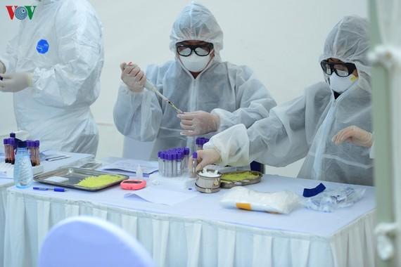 Đã có kết quả xét nghiệm ban đầu cho các nhân viên y tế tiếp xúc với BN 237