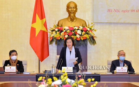 Chủ tịch Quốc hội Nguyễn Thị Kim Ngân chủ trì phiên họp.