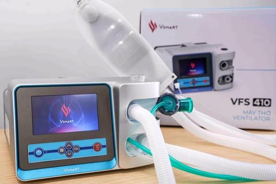 Vingroup hoàn thành 2 mẫu máy thở phục vụ điều trị Covid-19