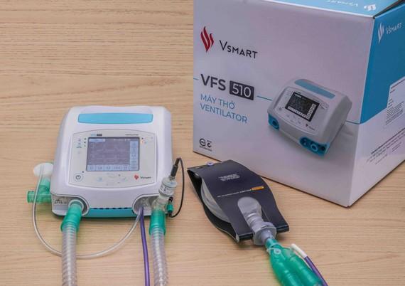 Vingroup tặng 2.400 máy thở cho Nga và Ukraina