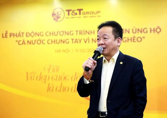 Chủ tịch HĐQT kiêm Tổng Giám đốc T&T Group Đỗ Quang Hiển trong buổi lễ phát động CBNV nhắn tin ủng hộ Vì người nghèo năm 2019.