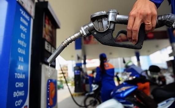 Linh hoạt điều hành xăng dầu trong tình hình mới