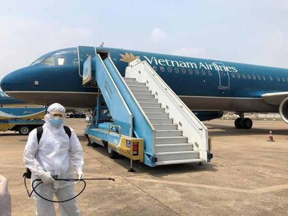 Vietnam Airlines chuyên chở 309 công dân Việt Nam về nước từ Angola