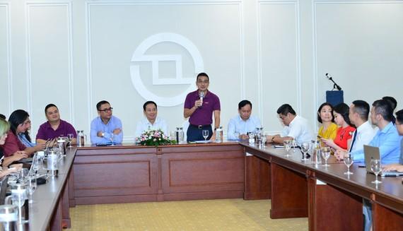 Ông Lê Hải Trà, Phó Chủ tịch phụ trách HĐQT phát biểu tại buổi gặp mặt 1 năm ra đời sản phẩm CW.