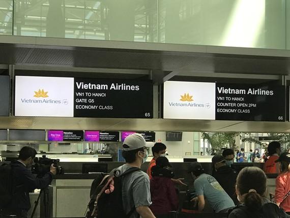 Đưa 346 công dân Việt Nam từ Mỹ trở về nước an toàn