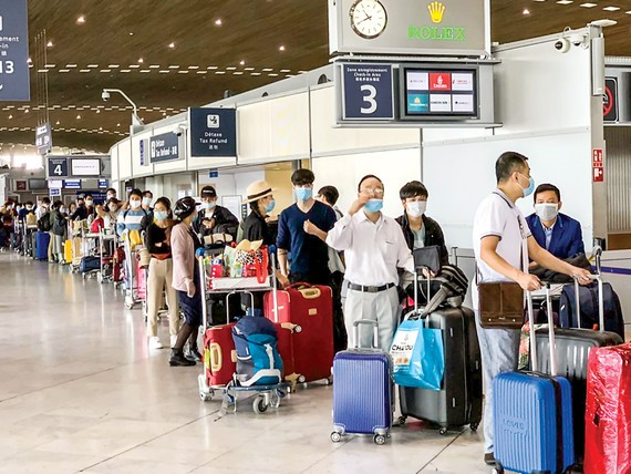 Chủ trương của Chính phủ Việt Nam là  sẽ đưa những công dân Việt Nam ở nước ngoài về nước nếu có nhu cầu.