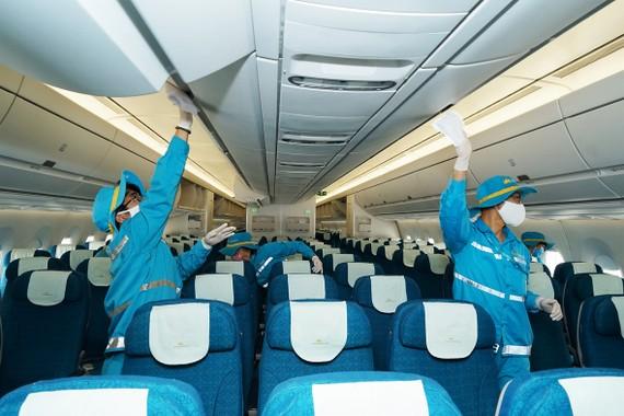 Cảnh báo giả mạo Vietnam Airlines mời mua vé máy bay về nước tránh Covid-19