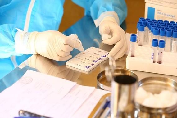 TPHCM: Bệnh viện Quốc tế City lấy mẫu xét nghiệm toàn bộ nhân viên