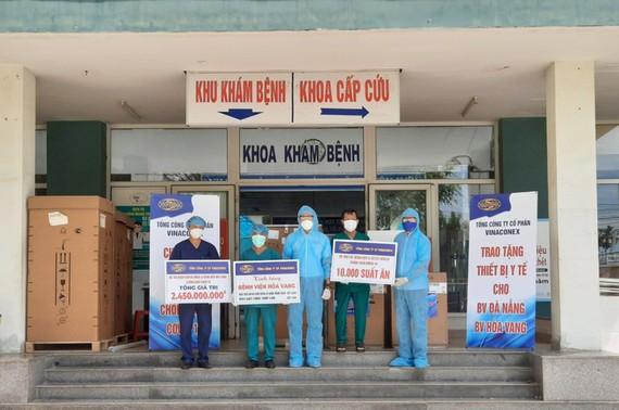 Vinaconex ủng hộ Đà Nẵng thiết bị trị giá 2,5 tỷ đồng chống dịch
