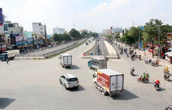 Dự án hầm chui nút giao thông An Sương được thông xe giữa tháng 7/2020. (Ảnh: Tiến Lực/TTXVN)